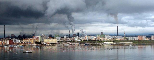 ILVA, se Arcelor va via, occasione per il governo: chiuda e tuteli gli impiegati