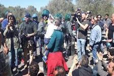 Descrizione: Risultato immagini per foto su manifestazioni contro TAP